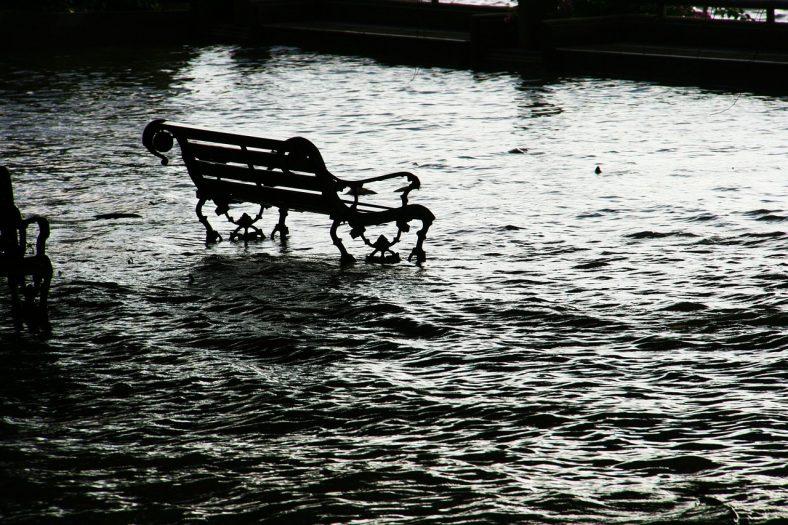 Ośmiokrotnie większe ryzyko powodzi w Holandii