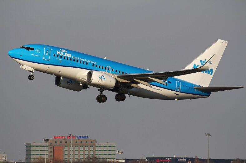 Żydówki usunięte z samolotu na lotnisku Schiphol
