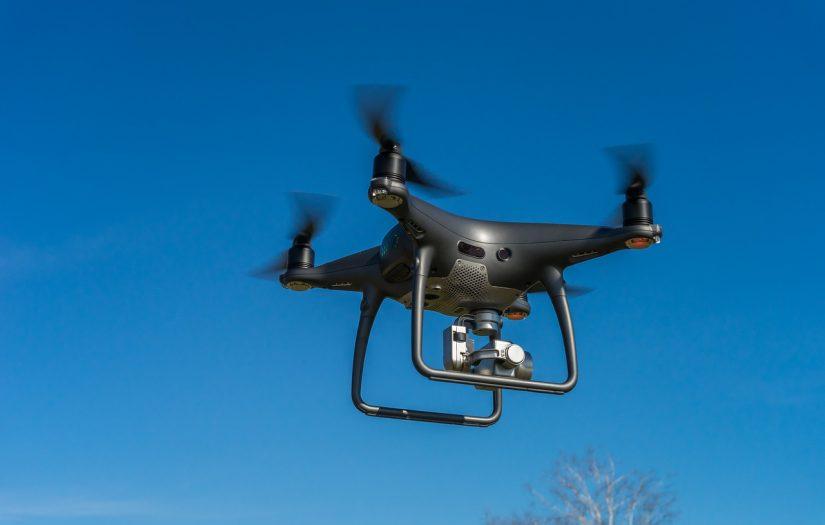 drony na usługach policji