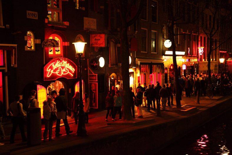 prostytutki wyjdą na ulicę