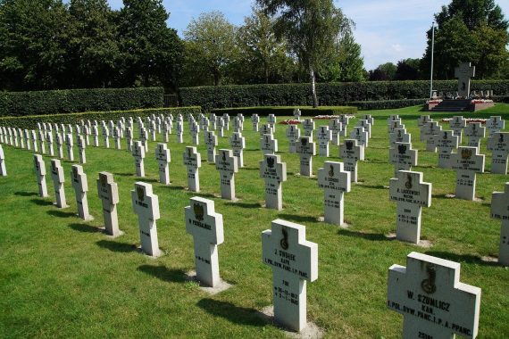 Polski cmentarz wojskowy