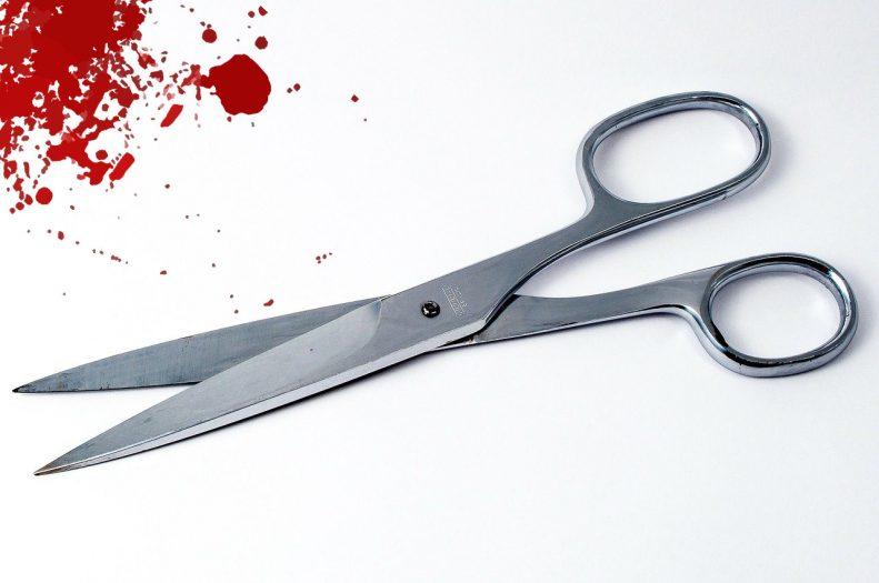 Polka zaatakowała konkubenta nożyczkami
