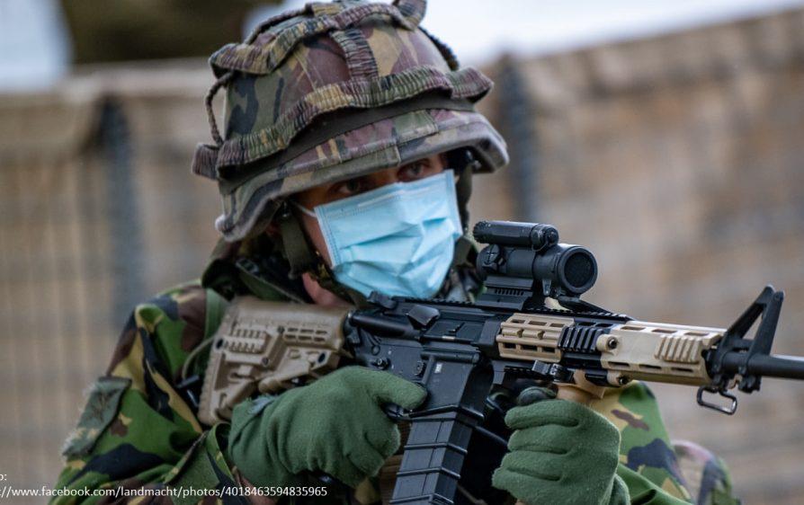 Armia na ulicach Holandii