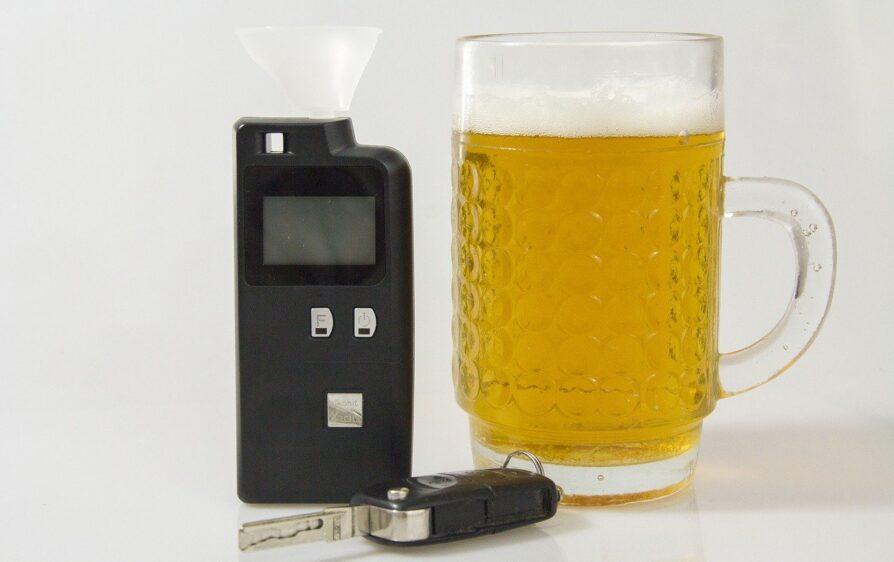 Pijany Polak doprowadza do wypadku