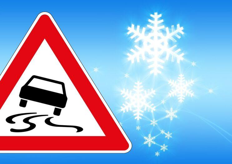 Holandia na lodzie wypadki drogowe oblodzenia gołoledź