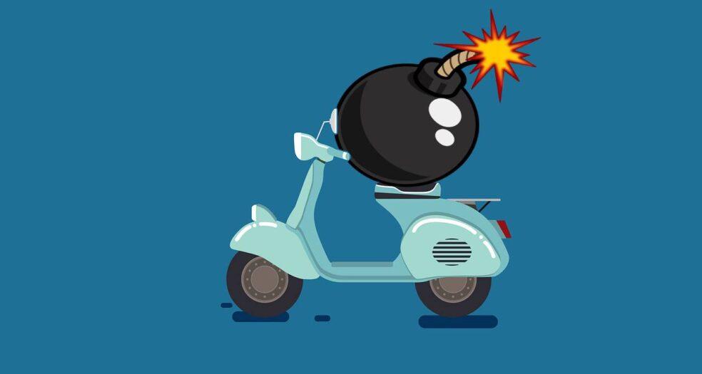 skuter i bomba w bloku