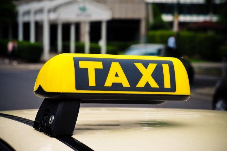 Taksówka i strzelanina