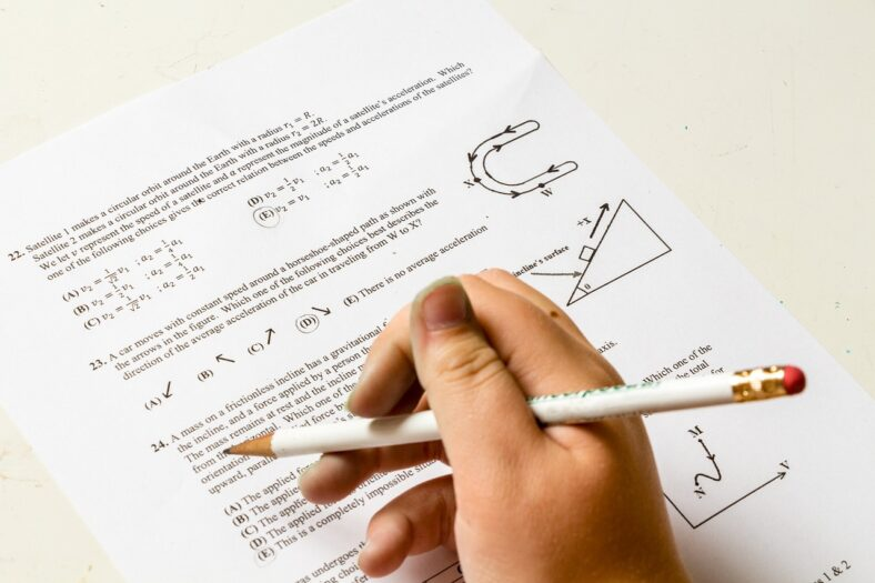 Znikające egzaminy na holenderskiej poczcie