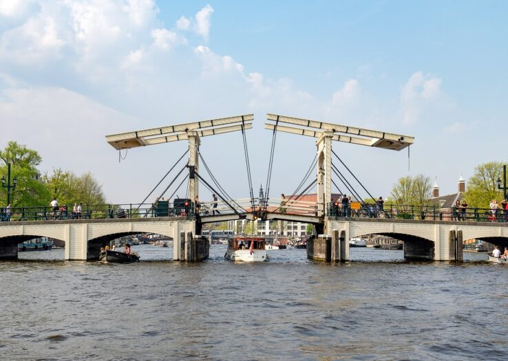 atak na most
