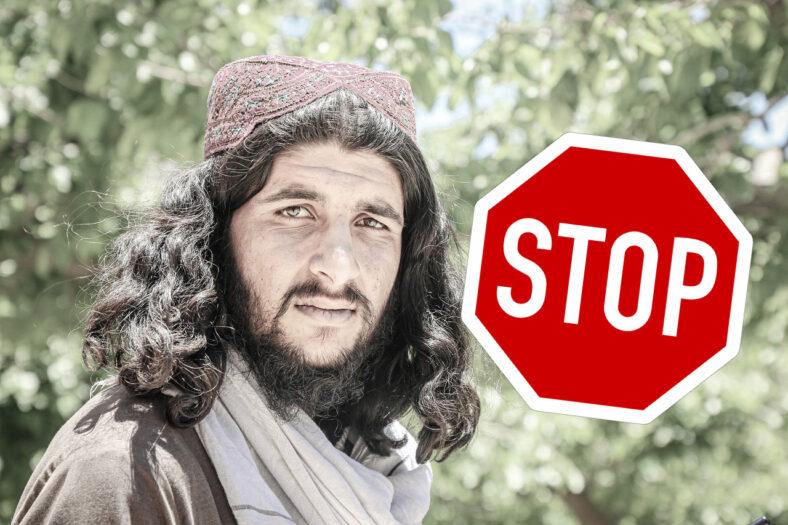 przestańcie pomagać Afgańczykom
