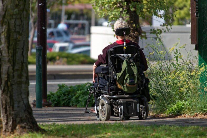 Skuter inwalidzki po dziadku GTA po holendersku