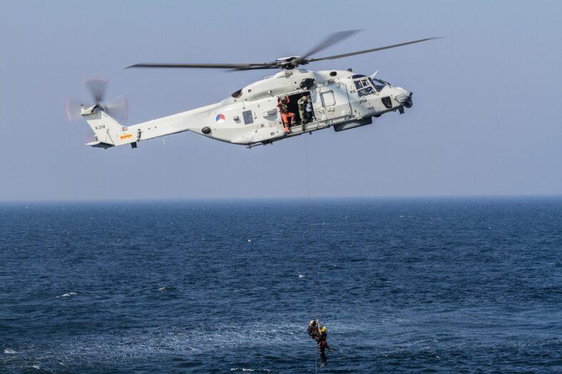 Rozbitek znaleziony 10 mil od brzegu